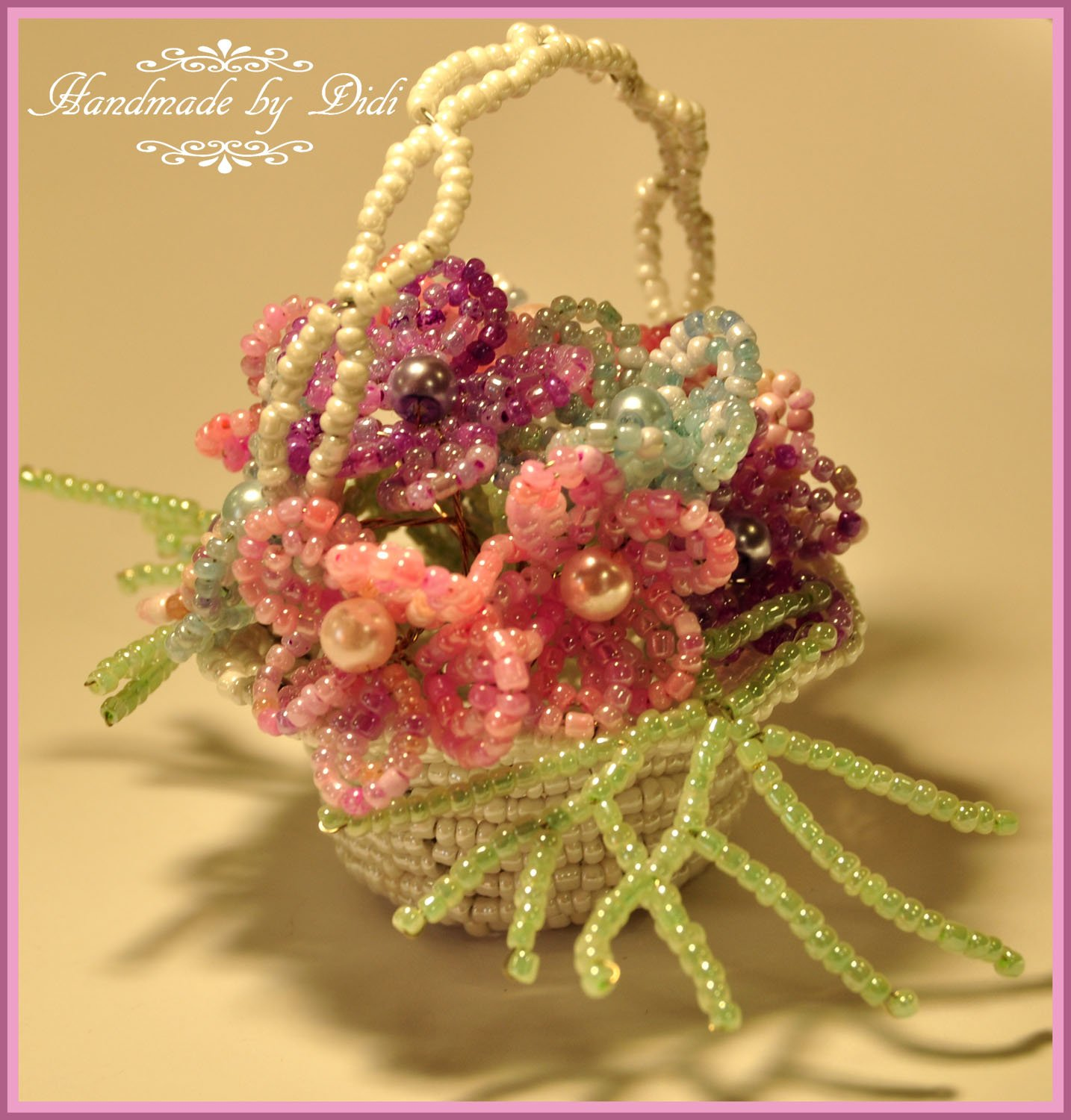 Little beaded basket with flowers, seed beaded basket, wedding or home decoration glass seed beads basket with flowers, french beaded basket